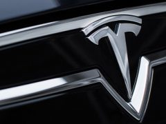Комплектация Tesla Model S